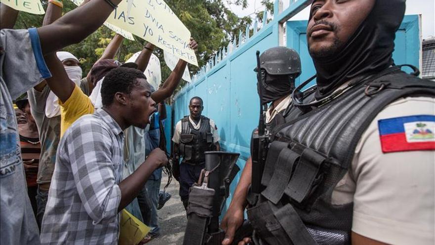 Víctimas del cólera en Haití entregan cartas a Minustah pidiendo justicia