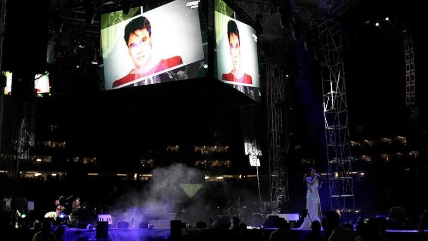 Recuerdan con música y baile a Juan Gabriel en Guadalajara
