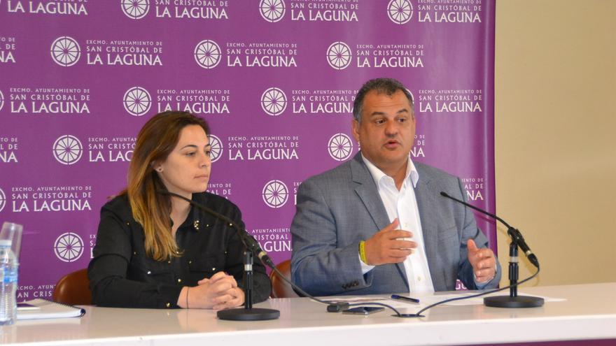 Candelaria Díaz y José Alberto Díaz, en la presentación de la noticia ante los medios, este martes