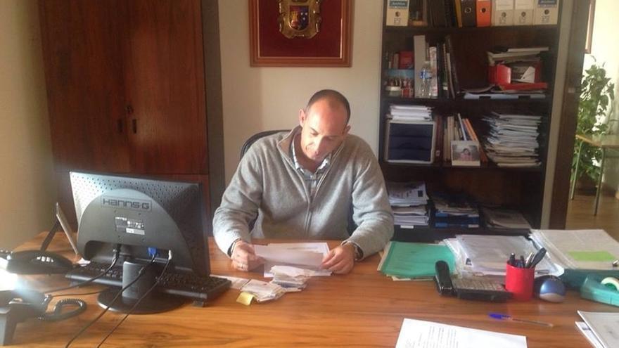 El alcalde de Casarrubuelos dimite finalmente ocho días después de su detención