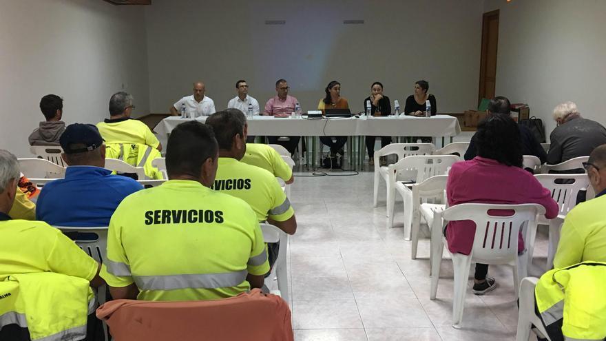 Acto de inauguración de los cursos de formación en 'Primeros auxilios y DESA' y 'Prevención y protección contra incendios forestales'.