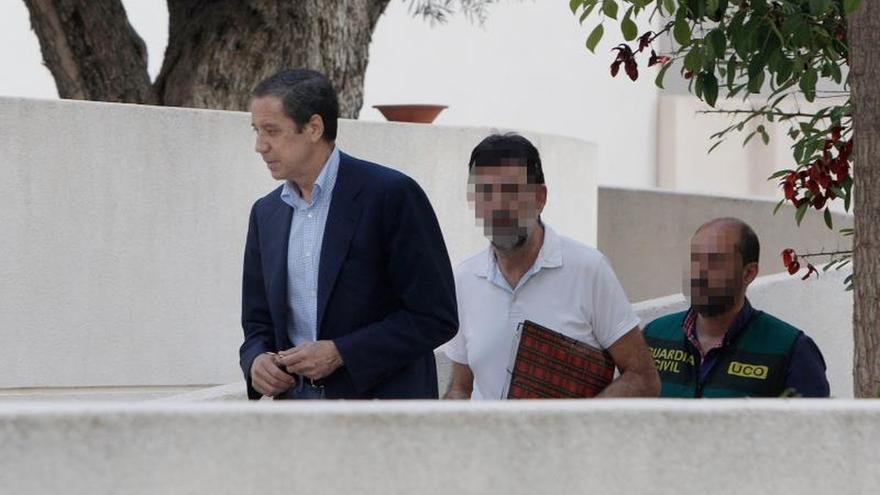 Eduardo Zaplana regresa a la cárcel tras ir al hospital por una bronquitis