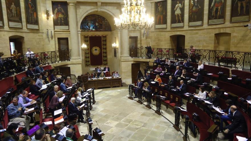 Las Juntas de Bizkaia aprueban la reforma fiscal con el apoyo de PNV, PSE, PP y Grupo Mixto