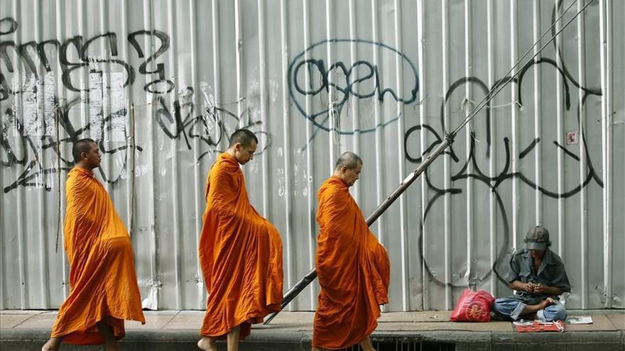 Cae una red de prostitución de menores que servía a monjes budistas en Tailandia
