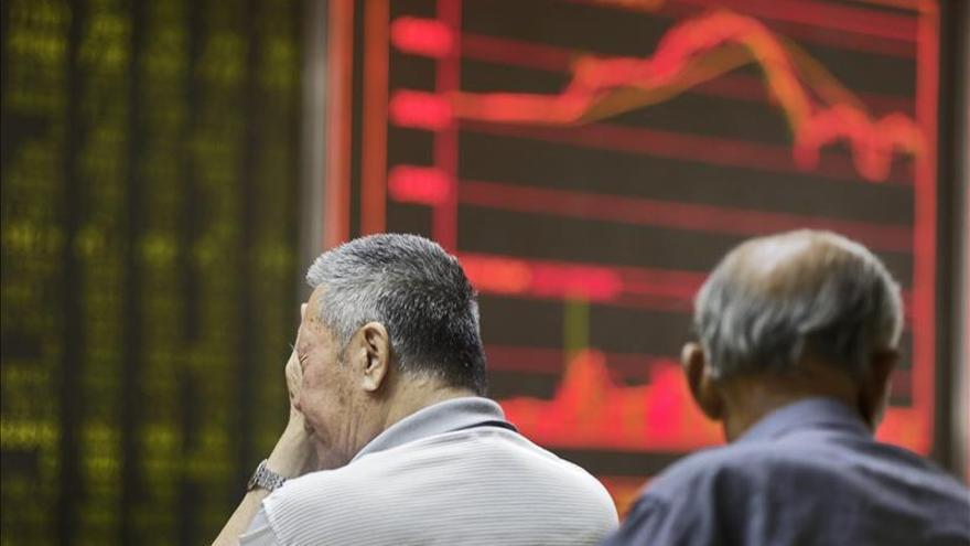 La Bolsa de Shanghái cae un 0,81 % en la apertura