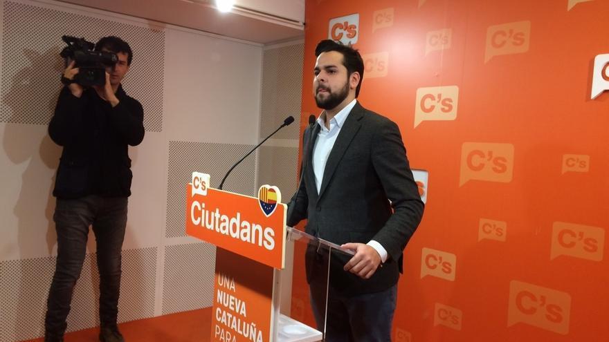 C's pide no confiar el futuro a la CUP y pide a Puigdemont que rechace la reunión del referéndum