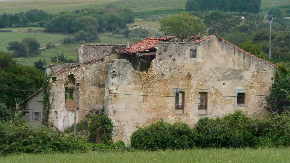 El Palacio de La Chamberga de Santillana del Mar entra en 'La Lista Roja del Patrimonio'.