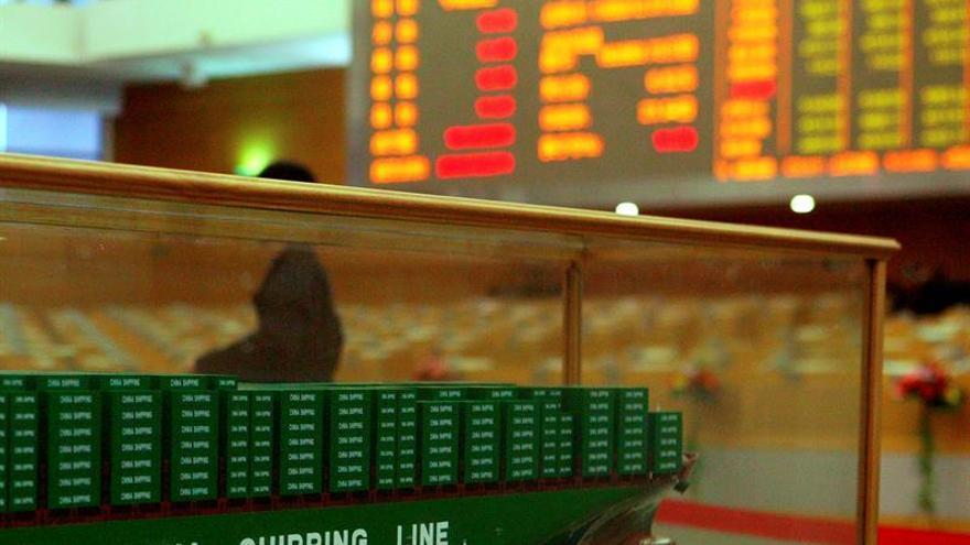 La Bolsa de Shanghái baja un 0,13 % en la apertura
