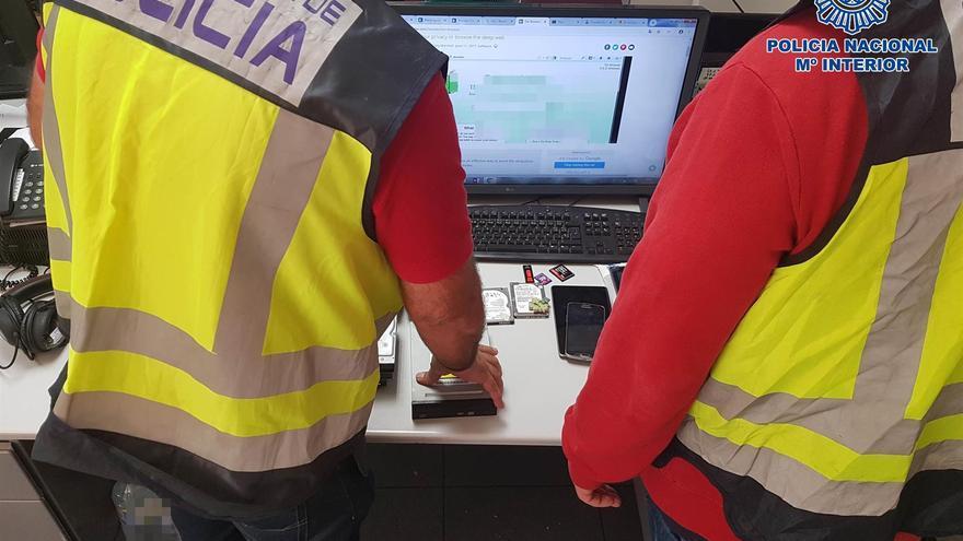 Agentes de la Policía Nacional, en una imagen servida por el cuerpo de seguridad