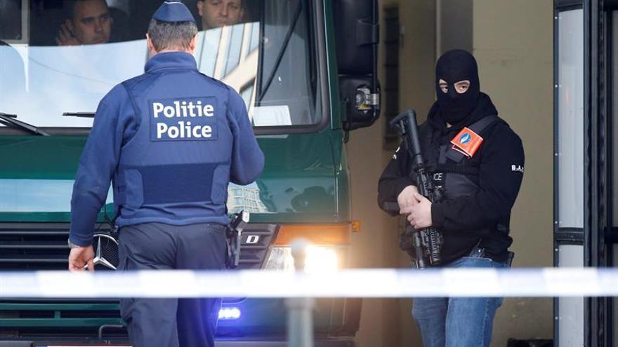 Abrini acude a la reconstrucción de los hechos en la casa de los kamikazes de Bruselas
