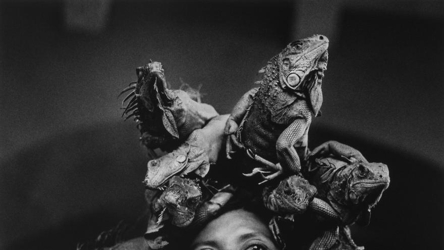 'Nuestra Señora de las Iguanas'. Juchitán, México. 1979.