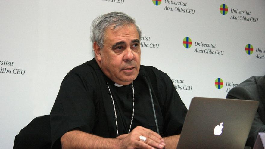 Arzobispo critica la polémica sobre 'Cásate y sé sumisa' y dice que lo que favorece la violencia es el aborto