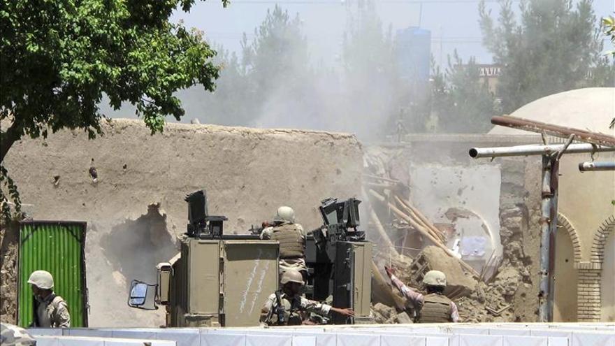Quince muertos en el ataque a una pensión en Kabul