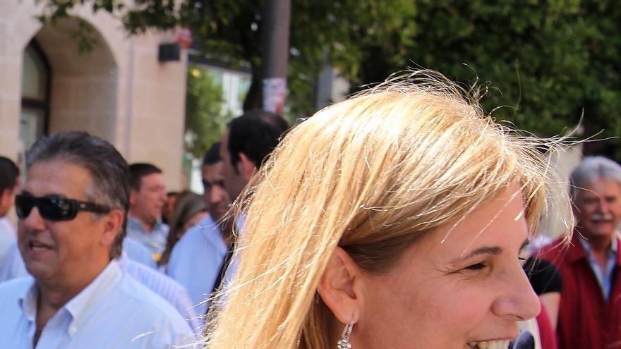 García-Pelayo, nombrada suplente de la Comisión Permanente del Senado, lo que le permitirá seguir siendo aforada