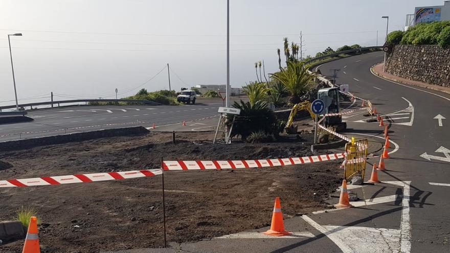 CC dice que las obras inacabadas en la Calle La Verada de Puntallana impiden el acceso por carretera a los vecinos