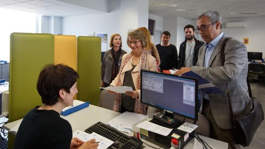 Eva Alcón registra su candidatura a rectora de la Universitat Jaume I