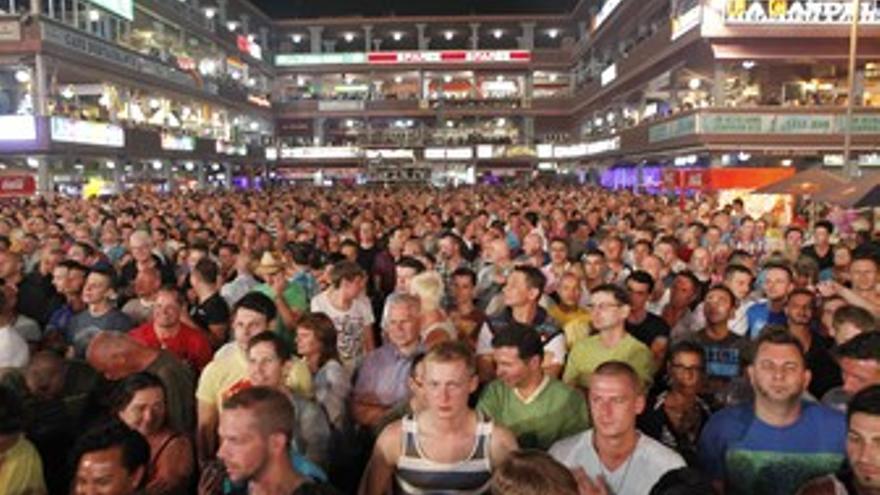 Público asistente a la inauguración del lunes.
