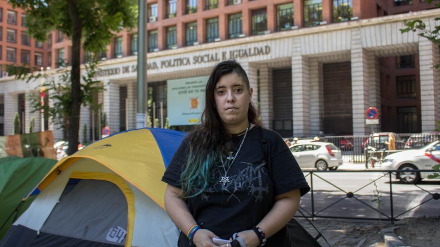 La acampada de personas sin hogar frente al Ministerio de Sanidad y Bienestar Social ha cumplido tres meses.