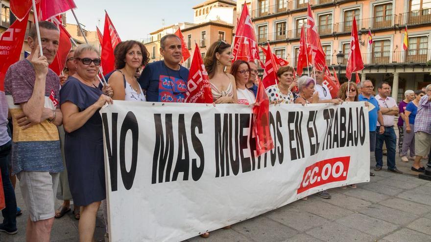 Concentración en Toledo contra la siniestralidad laboral / Antonio Seguido