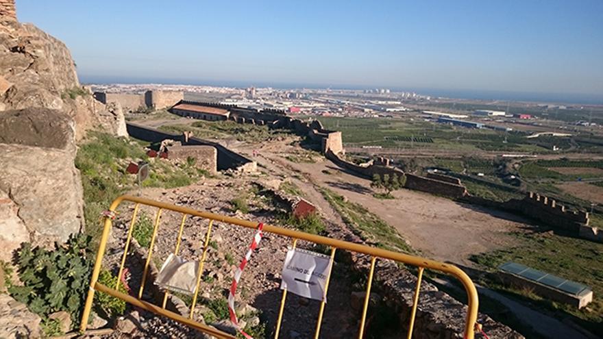 Algunas partes del castillo están cerradas al paso de los visitantes