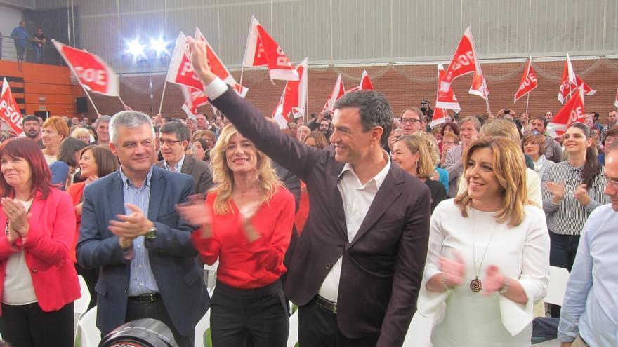 """Pedro Sánchez se burla de la coalición Unidos Podemos y defiende que el PSOE solo necesita sus """"cuatro letras"""""""