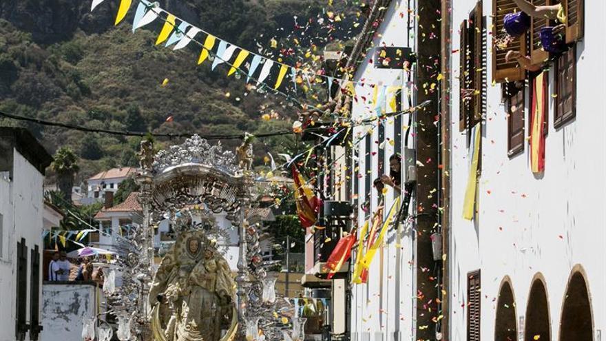Procesión en honor a la Virgen del Pino, Patrona de la Diésecis de Canarias y de la isla de Gran Canaria, en el día grande de las Fiestas del Pino.