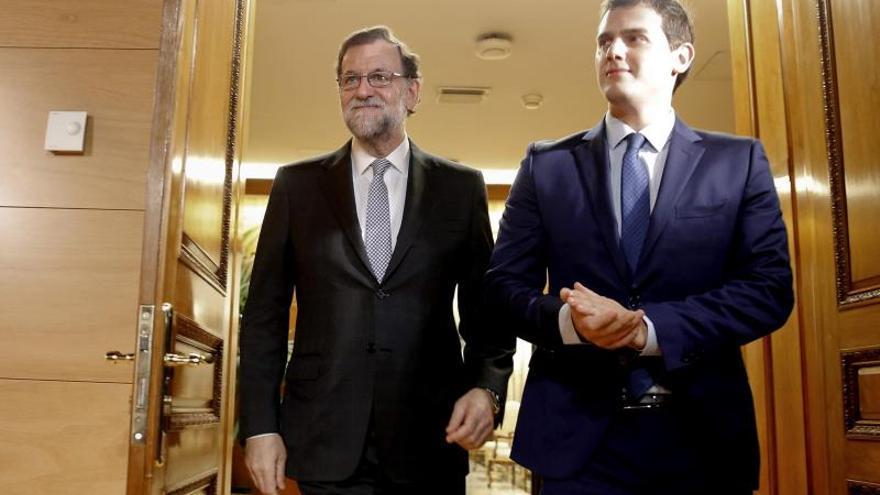 Rivera va hoy a Moncloa para pedir a Rajoy que no levante el pie del 155