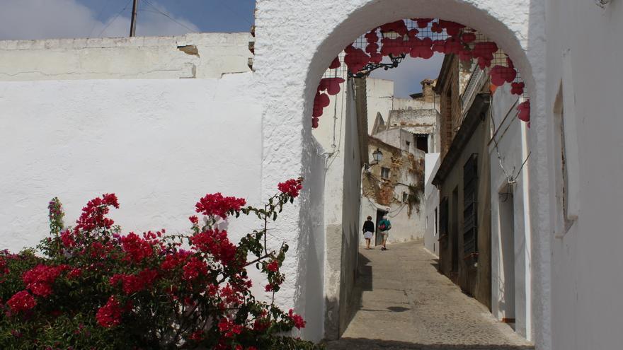 Las calles angostas del centro histórico de Arcos.