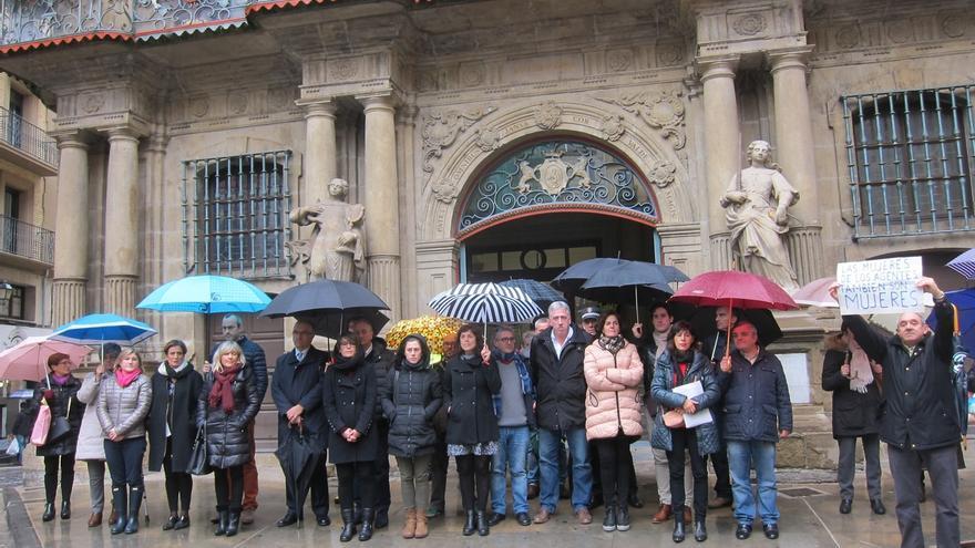 Concentración en Pamplona en repulsa por la última agresión sexual denunciada en la ciudad