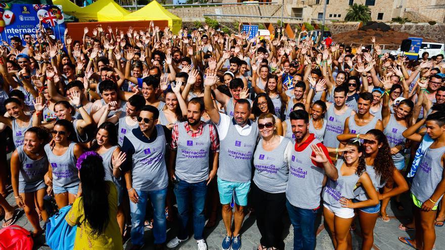 450 jóvenes de toda la isla celebran en LPGC del Día Internacional de la Juventud.