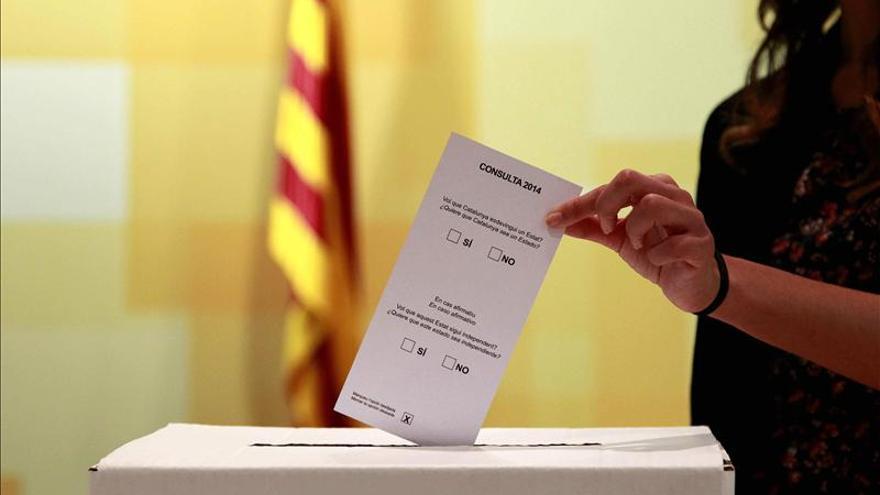 """ERC y CUP llaman a votar sin miedo el 9N y advierten de que """"no pasarán por encima"""""""