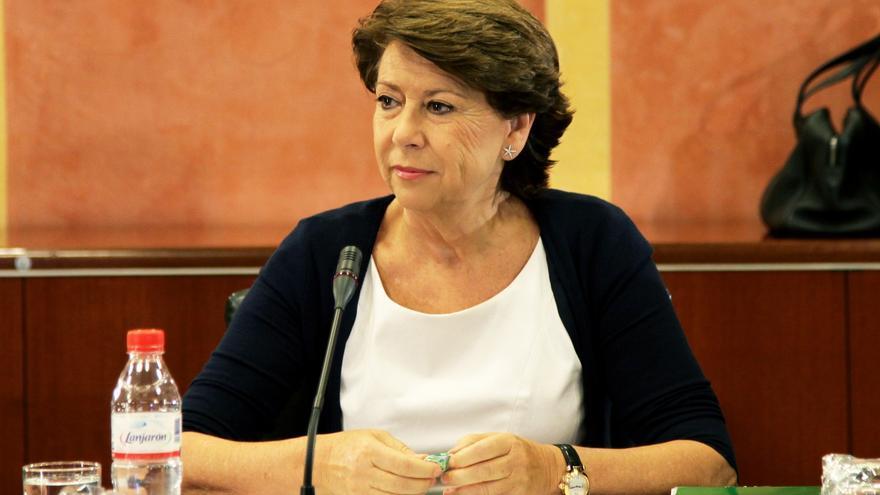 """Magdalena Álvarez asegura que """"jamás"""" despachó con Chaves los desfases presupuestarios generados por Empleo"""