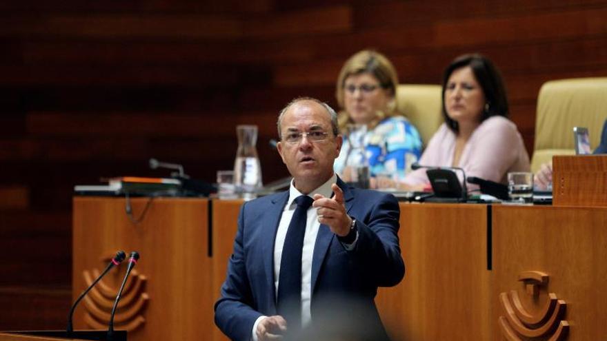 Monago respaldará la candidatura de Pablo Casado en el Congreso del PP