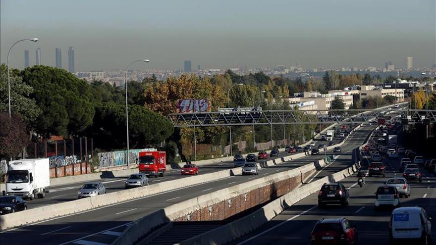 Madrid limita mañana por vez primera la velocidad del tráfico por la polución