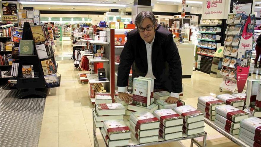 De Prada sitúa al libro como uno de los damnificados de la crisis económica