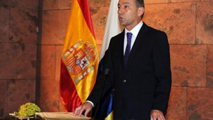 Paulino Rivero en la toma de posesión. (ACFI PRESS)