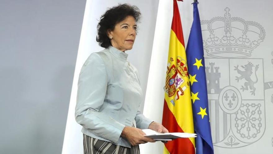 Rueda de prensa de Isabel Celaá tras primera reunión del Consejo de Ministros