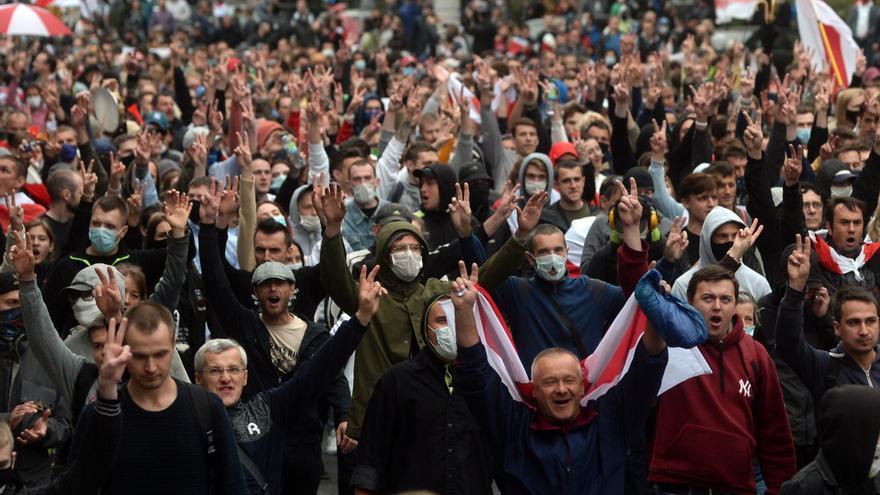 Más de un centenar de detenidos en una marcha opositora en Minsk