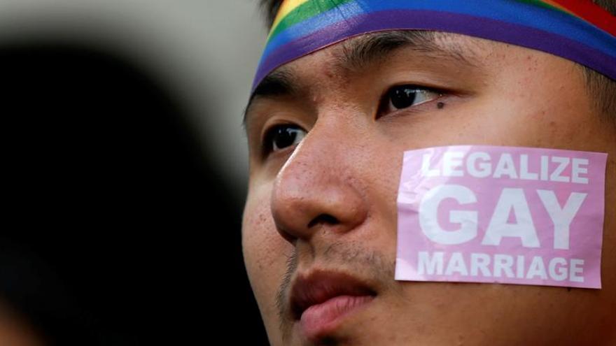 División en Taiwán ante la posible legalización del matrimonio gay, según un sondeo