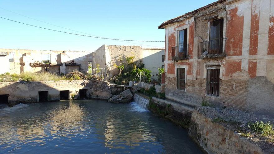 Derrumbe de una casa y un molino protegidos en La Albatalía