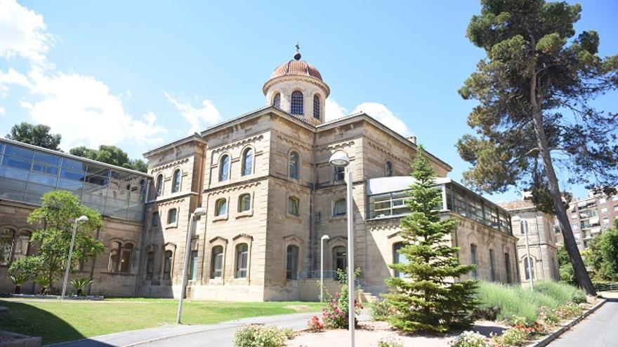 Residència de majors de l'antic hospital Oliver d'Alcoi.