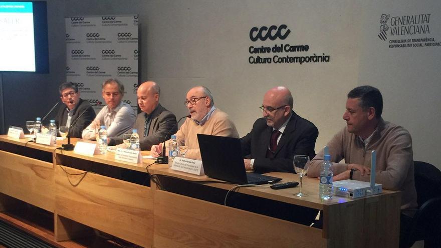 El conseller de Transparencia, Manuel Alcaraz, en la presentación del sistema de alertas para prevenir la corrupción (Saler)