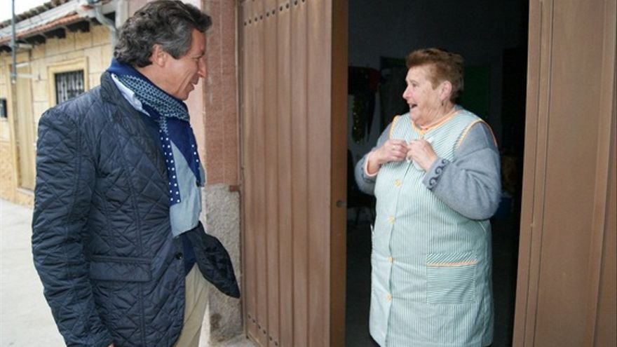 Floriano, de visita por el Valle del Ambroz / Twitter @PPopularCC