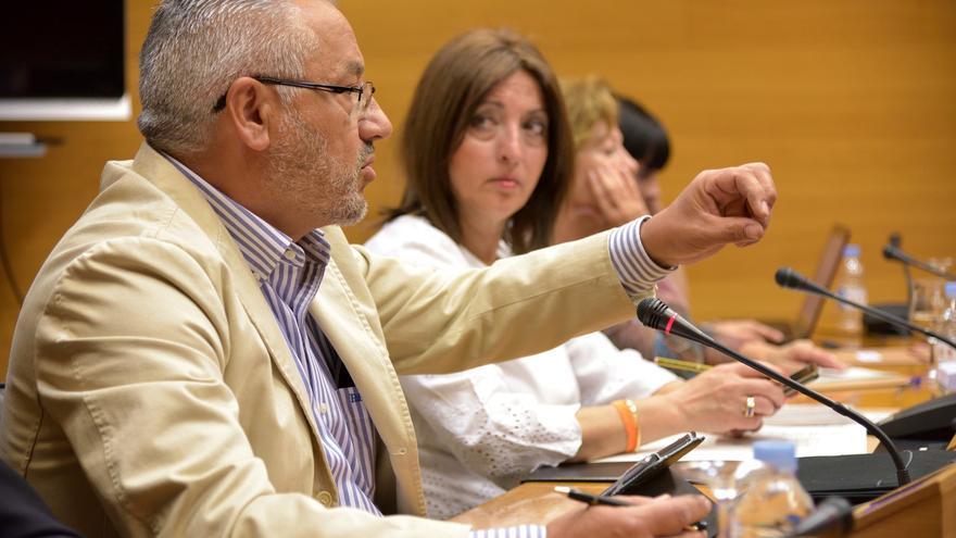 El exconcejal del ayuntamiento de Valencia Miquel Domínguez comparece en las Corts