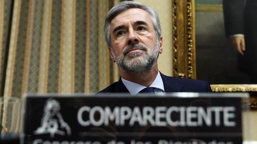 El exsecretario general del PP y exministro del Interior Ángel Acebes durante su comparecencia en la comisión de investigación en el Congreso.