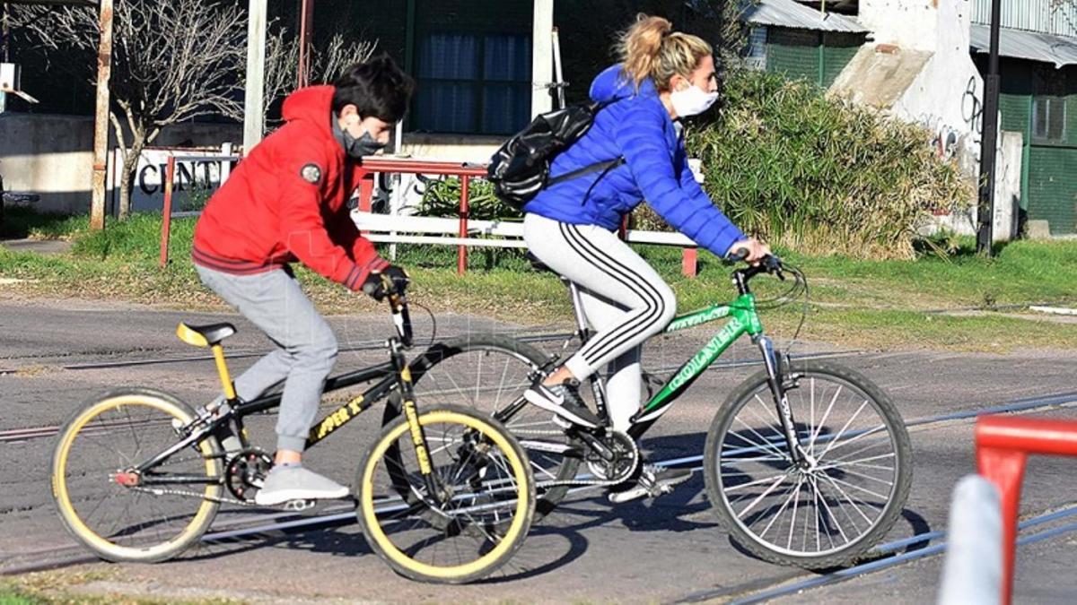 """""""Festival de descuentos"""" para la compra de bicicletas, patines y accesorios."""