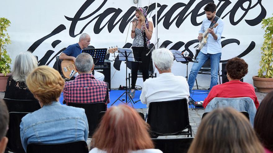 Imagen de archivo de una actuación en directo del festival santacrucero