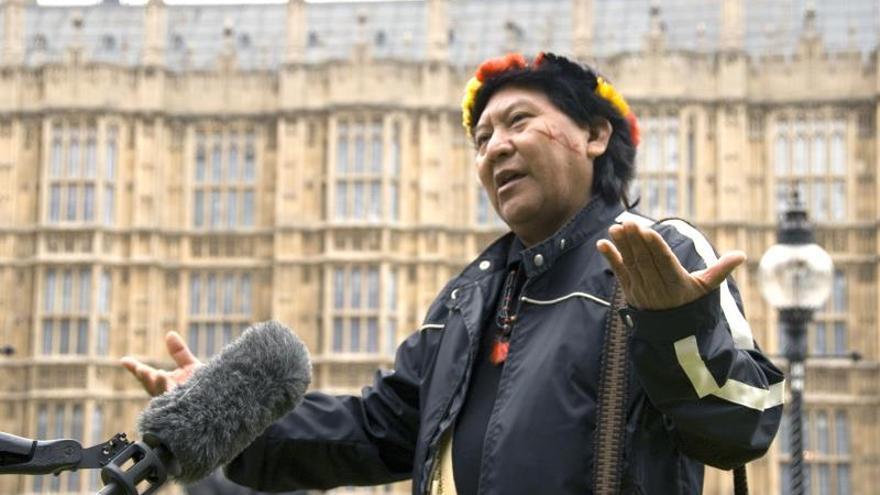 """El líder indígena de la tribu Yanomami, Davi Kopenawa, más conocido como """"el Dalai Lama del Amazonas"""", en una intervención en Londres en 2009."""