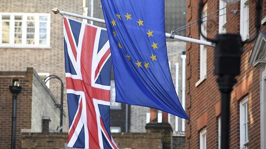 """Bruselas y Londres acuerdan las prioridades y el calendario de negociación del """"brexit"""""""