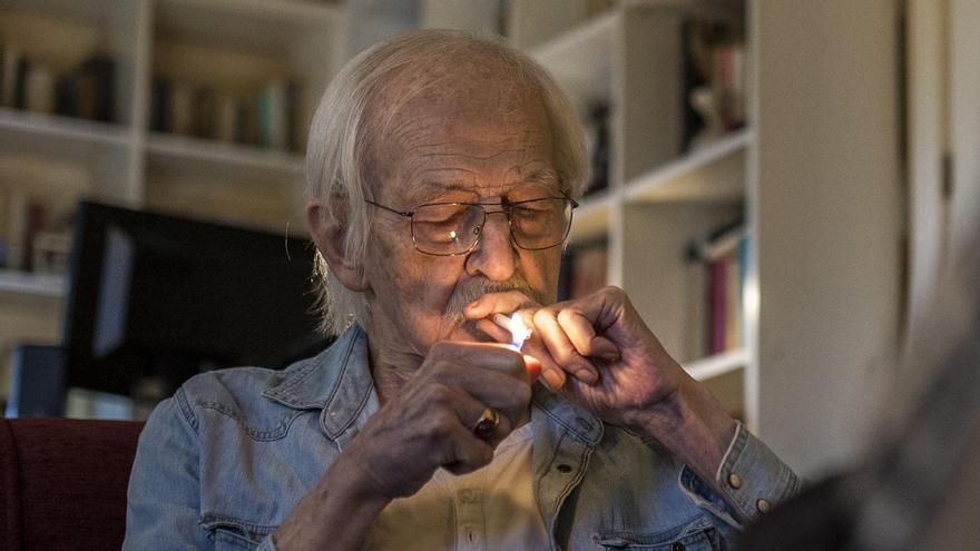 antonio-escohotado-no-hace-falta-legalizar-las-drogas-debe-derogarse-la-prohibición